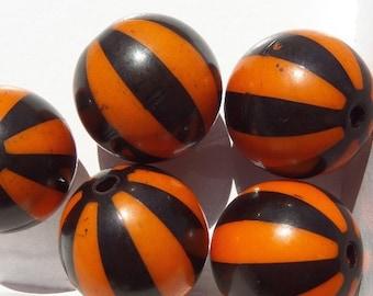 20mm 10CT Beachball Chunky beads, Orange and Black Beach Ball Beads, D29