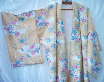 Scattered Rose  ~ Vintage Kimono ~ Japanese ~ Full Length ~Kimon ~ Sweet Cottage Chic