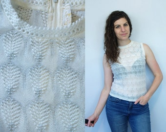 1970s Vintage White Sheer See Through Waffle Knit Sleevless Top Shirt Blouse w/ Silver Metallic Threading / 70s Plain Basic Shell / Small S