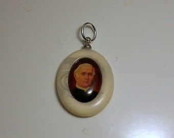 Vintage Blessed Tommaso M. Fusco Relic Medal