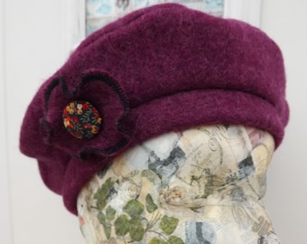 Ladies Handmade Wool Beret with Liberty Button Corsage Brooch Hairclip