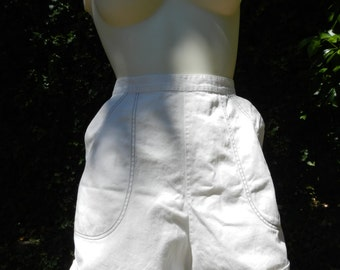 Vintage 1950 High Waist White Shorts