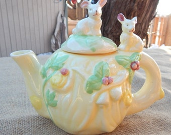Pastel Yellow Decorative Bunny Teapot  ~  Bunny Teapot  ~  Rabbit Teapot  ~  Decorative Teapot  ~ Pastel Yellow with Bunny Decorative Teapot