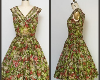 1950s dress / 50s Dress / Vintage floral party dress with full skirt / Pinup Dress / Viva Las Vegas