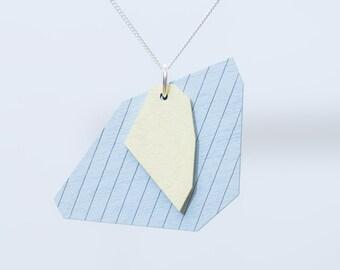 nice minerals necklace vanilla gray