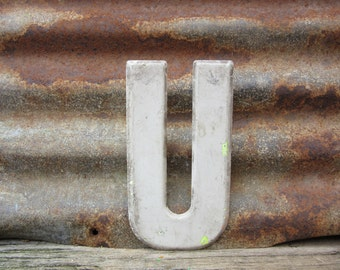 Letter Sign Vintage Metal Letter U Sign 7 1/2 Inch Distressed Aged White Paint Marquee Sign Wall Art vtg Alphabet Letter Advertising Old