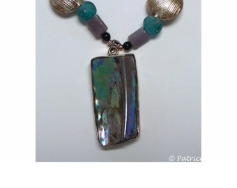 S31 - Abalone necklace and earring set