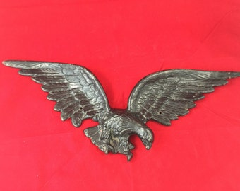 Antique Cast Iron Eagle Wall Decoration... Vintage Historical Rustic Country Military Patriotic USA Century Foundry Akron Ohio
