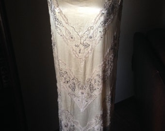 Eye-Popping Vintage 1920s Beaded Flapper Wedding Dress