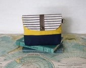 Sunny Day . Clutch // Make up bag // Utility pouch //  Bridesmaid gift  // Purse organizer // Gift under 20 // Vegan // Ready to ship