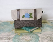 Flower garden No.4 - Make up bag // Clutch// Cosmetic bag //Bridesmaid gift //Vegan // Vintage flower// Valentines day gift // Ready to ship