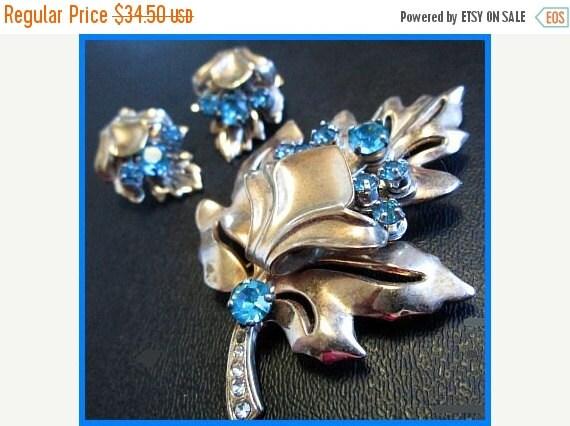 BARCLAY Brooch Earring Set 1940s Floral Leaf Design Aqua Blue Rhinestones Silver Metal Vintage