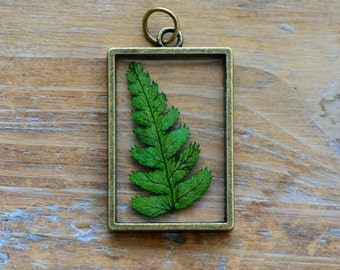 Double Sided Glass Nature Pendant with Preserved Fern Leaf Inside Vintage Jewelry Supplies (BC022)