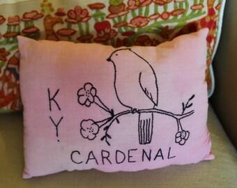 Primitive Kentucky Cardenal Bird Pillow