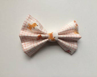 Kittens and Yarn fabric bow