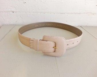 vintage cream leather belt. taupe leather belt