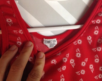 vintage red and white floral tank top by k-mart size 2-3 years