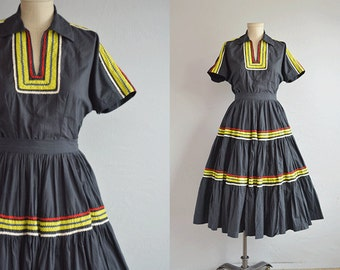 Vintage 1950s Patio Dress / 50s Square Dance Cotton Circle Skirt and Top with Rick Rack / Charcola Grey Lime Red Two Piece Squaw Dress