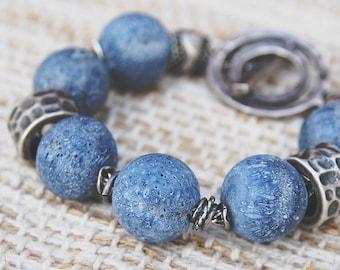 Blue coral bracelet, bohemian bracelet, raw coral, boho chic bracelet, blue bracelet, coral Akori, pulsera con coral, coral azul