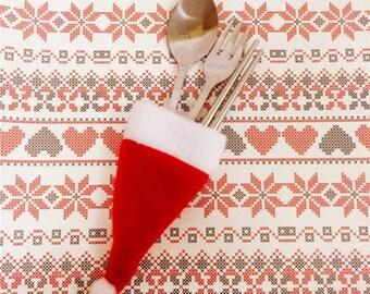 8 Piece Christmas Santa Claus Clause Hat Utensil Silverware Table Decor
