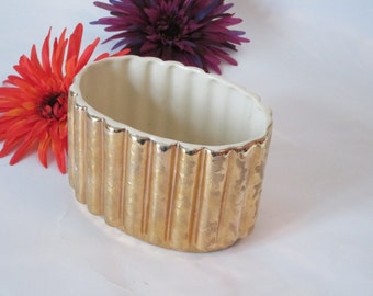 Weeping Gold 23Kt Ribbed Planter