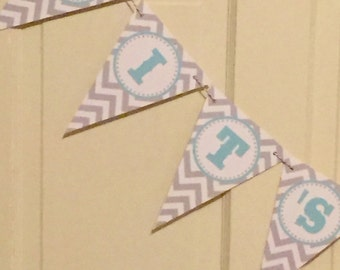 """PREPPY GIRAFFE Happy Birthday or Baby Shower Banner """"It's a Boy""""""""Its a Girl""""  Aqua Gray Chevron - Party Packs Available"""