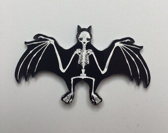 Skeleton bat pin