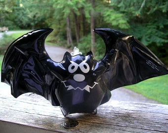Vintage Inflatable Bat Toy - Halloween Blow Up Bat Collectible - Cleo Inc 1988 Gibson Greetings Decor - Made in Taiwan