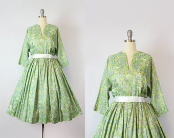 vintage 60s dress / 1960s green dress / abstract circle print dress / stained glass print dress / watercolor dress / Water Lillies dress