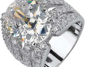 5.50 carat Oval Shape GIA Certified Diamond Engagement Ring 18k White Gold
