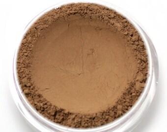 "Mineral Wonder Powder Foundation - ""Cocoa"" - dark shade with a warm to neutral undertone - vegan makeup"