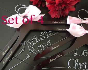 Set of 4--Personalized Hanger,  Custom Bridal Hangers,Bridesmaids gift, Wedding hangers with names,Custom made hangers
