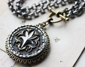 CHUNKY Antique Button Necklace Chunky, Renaissance Jewelry Chunky Pendant Toggle Necklace, Steel Cut Victorian Button Jewelry veryDonna