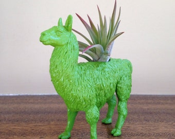 READY TO SHIP / Glossy Kelly Green Animal Planter / Llama Planter / Air Plant Container