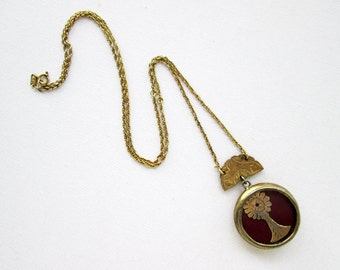 Antique Silver in Gold plated Finish Relikaryo with Monstrance on Red Fabric & Silver Chain