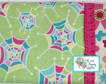 Pillowcase Kit - Mint Snug as a Bug Spiderwebs, Bugs, Flowers, Snails