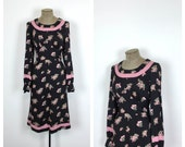 Floral Pink and Black Vintage Day Dress • 70s Casual Long Sleeve Dress • Large