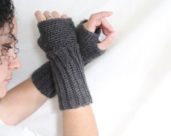 Long fingerless gloves, Crochet fingerless gloves, texting gloves - Arm warmers- gloves