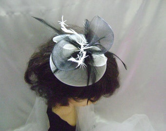 Helston - Ivory & Black Fascinator