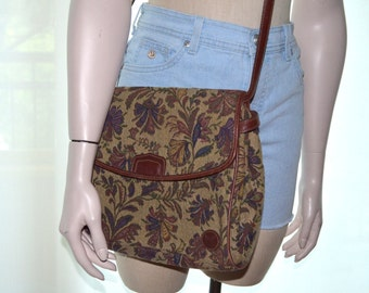 Liz Claiborne Vintage Bag, Tapestry Purse, Vintage Hangbag, Women's Bag, Tan Floral Shoulder Bag, Ladies' Purse, Women's Handbag, 80's Bag
