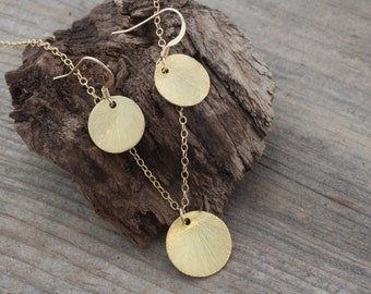 Set 16k Gold disc necklace and Earrings - Reese Witherspoon's, gold circle necklace, coin necklace, circle necklace , gold coin necklace
