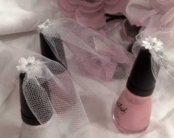 Bridal Veil ~ Nail Polish Veil ~ Bridal Shower Favor ~ Wedding Favor ~ Customizable ~ Made to Order