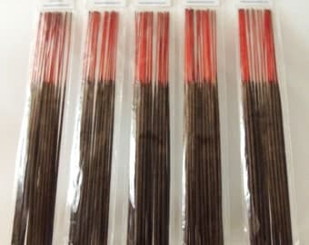 100 pcs. of Freshly made incense sticks (choose five scents)