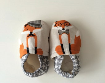 Foxy shoes-baby shoes-baby booties-moccasins