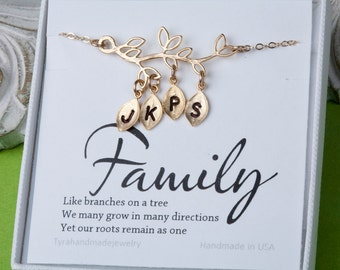 Gold Family Tree bracelet,Leaf bracelet,initial bracelet,family initial bracelet,Grandma gift,Mother Jewelry,Mom and Baby,custom note card