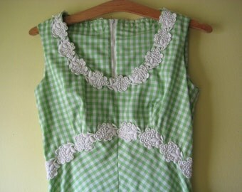 CHECKERED MAXI DRESS Gingham Sleeveless Green & White Plaid Poly Cotton Long Summer Lace Trim Classic Modern Polished Preppy M/L Miami S/M
