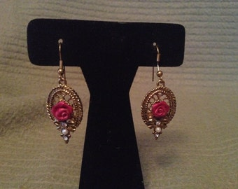 Vintage Goldtone Rose and Pearl Design Dangle Earrings
