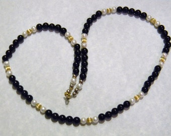 Onyx, Freshwater Pearl and Gold Bead Necklace