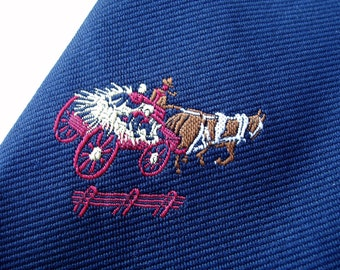 Vintage 70s Wide Polyester Tie . Hayride Necktie . Hay Rack Wagon Ride . Farm Life . Fall Hay Wagon