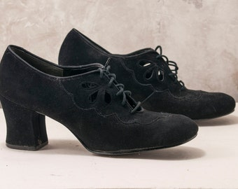 "1960s or 70's Sibcca black ""suede"" perforated ladies shoe. Laced, 3 inch heel. Cut out detail, 1940s style"